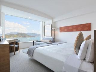 グランドプリンスホテル広島 2012年全客室リニューアル。全ての客室から瀬戸内海の景観をお楽しみになれます