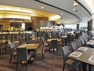 リーガロイヤルホテル広島 1F オールデイダイニング「ルオーレ」