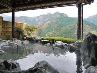 新祖谷温泉ホテルかずら橋 祖谷の里が一望できる雲海の湯(男性露天)