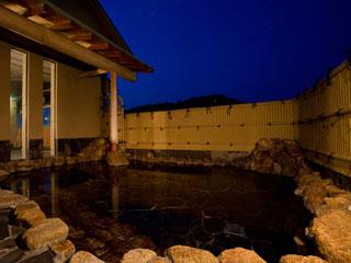 高知城下の天然温泉三翠園 塩化ナトリウム泉で、カダラのぽかぽかが持続します
