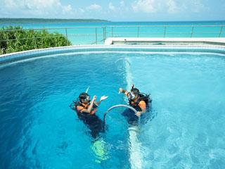 宮古島東急ホテル&リゾーツ 体験ダイビングやシュノーケリング、バナナボートやウェイクボードを楽しめる