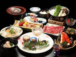 一番湯の宿ホテル木暮 旬の素材を吟味した和食膳の一例