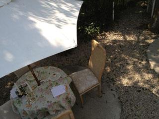 オーベルジュ オー・ミラドー 天気の良い日は、食後はテラスのカフェでひと時を