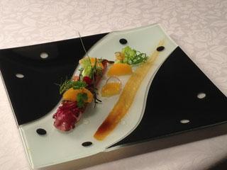 オーベルジュ オー・ミラドー 地アナゴのラッケトマトのジュレ 時には驚きの食材をもフレンチにしてしまう勝又