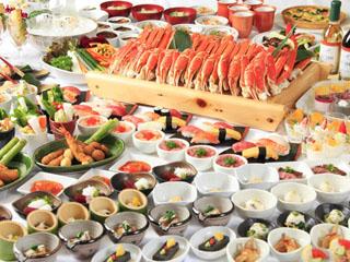 リゾートホテルリ・カーヴ箱根 ご夕食は、和洋中デザート約60種バイキング(90分制)