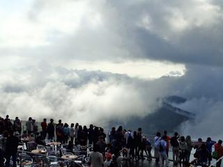 星野リゾート トマム ザ・タワー 雲海テラス 悪天候型雲海