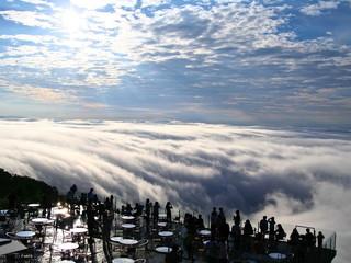 星野リゾート トマム ザ・タワー 雲海テラス 前キラー