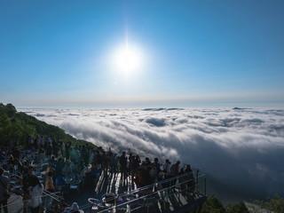 星野リゾート トマム ザ・タワー 雲海テラス 太平洋産雲海1