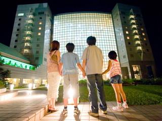 シャトレーゼガトーキングダムサッポロホテル&スパリゾート 緑と川に囲まれた、札幌のリゾートホテル