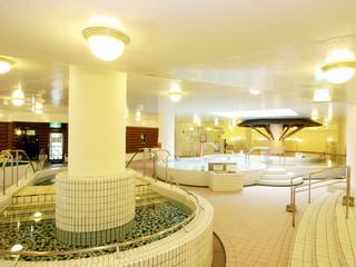 シャトレーゼガトーキングダムサッポロホテル&スパリゾート 強塩泉の露天風呂、室内風呂やサウナで癒される