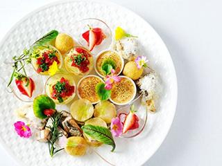 星野リゾート ウトコ オーベルジュ&スパ 精進料理に着想を得た特別朝食「空海のあさげ」