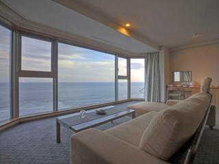 心のリゾート海の別邸ふる川 海から昇る朝日もご覧いただけます