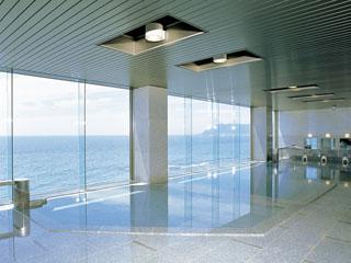 平成館 しおさい亭 別館 花月 展望大浴場(入替制)からは一面に津軽海峡をご欄頂けます