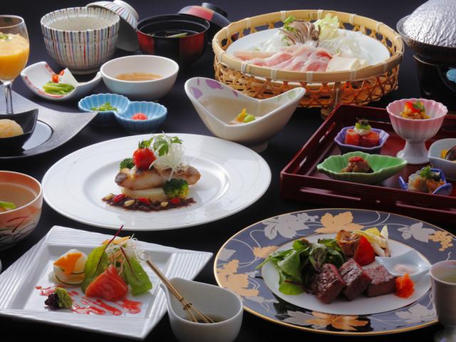 時音の宿 湯主一條 「森の晩餐」。メインの料理は肉・魚から選べます