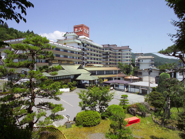 日本の宿古窯 外観