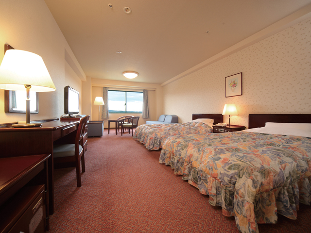 りんどう湖ロイヤルホテル 36平米の広々したツインルームはゆったりと寛げます