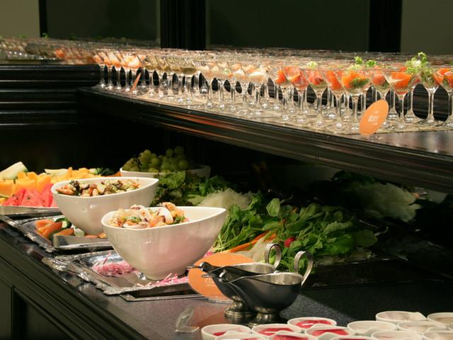和食、洋食、ビュッフェとバリエーション豊かな食事会場