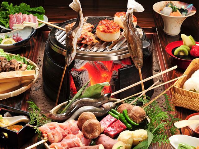 辰巳館 旬の地元食材を使った炭火山里料理