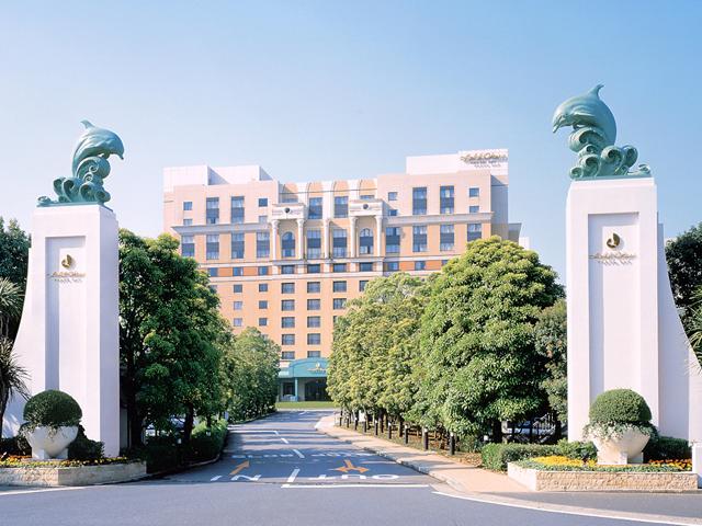 ホテルオークラ東京ベイ ヨーロッパの宮殿を思わせる優雅な雰囲気の外観