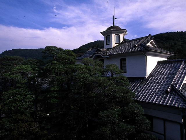 新井旅館 シンボル青州楼
