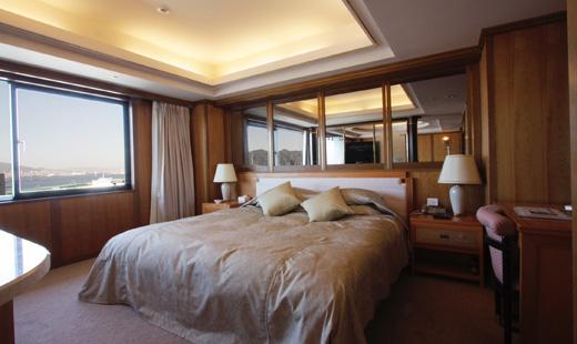 ホテルパールシティ神戸 約48平米でゆったりとした広さが自慢のスイートルーム