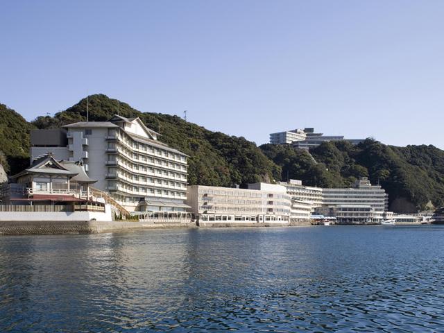 ホテル浦島全景