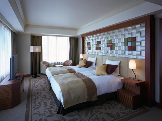 ホテルオークラ福岡 博多の伝統と西洋の香りを融合させた安らぎの空間