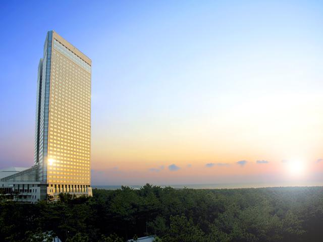 シェラトン・グランデ・オーシャンリゾート 743室ある客室からは、雄大な太平洋が見渡せる