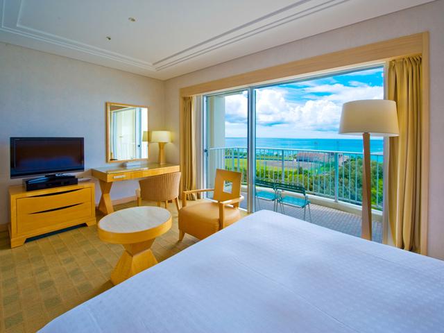 ラグナガーデンホテル 東シナ海をのぞむバルコニー付きの客室