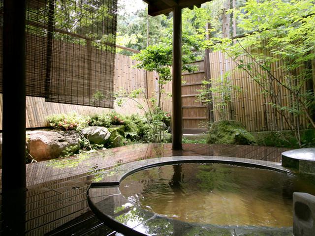 鹿覗キセキノ湯 つるや 3つの貸切風呂を用意しております