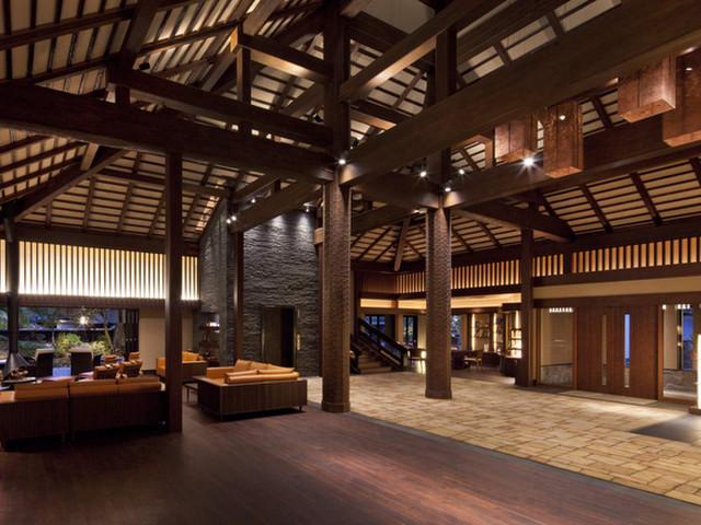 東府やResort&Spa-Izu ロビー:伝統&モダンの上質な空間が広がる和のリゾート