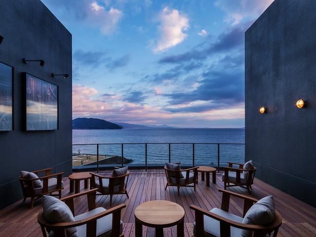 星野リゾート 界 アンジン 絶景の海を望む「サンブエナデッキ」