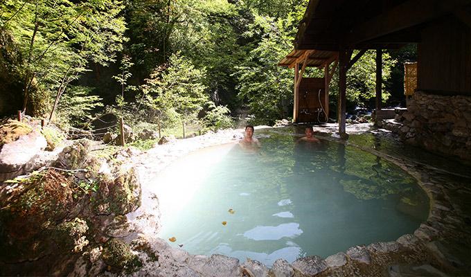 大人のお湯旅「白骨温泉」