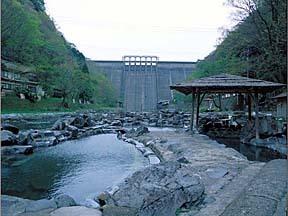 湯原温泉(砂湯)(岡山県)