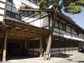 大阪屋 文人、歌人に愛された、伝統ある老舗旅館