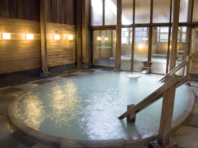 奈良屋 男子浴場「御汲上の湯」