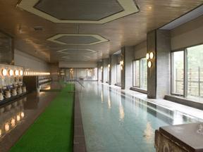 ホテル櫻井 どこまでも広い大浴場でゆったり手足を伸ばす