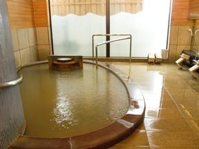 香雲館 満々とお湯が溢れる「あうるの湯」
