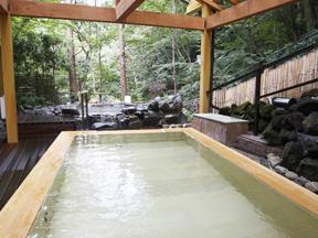 ホテル南風荘 「にの湯」さわらの木風呂