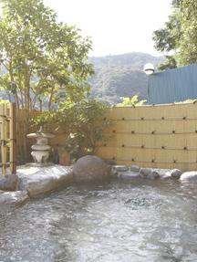 ホテルおかだ 「湯の里」岩風呂