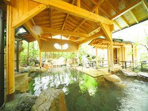 瑠璃光 男性用露天風呂「日光の湯」