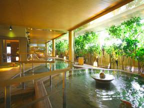 ゆのくに天祥 3階の「悠幻の湯殿」にある露天風呂