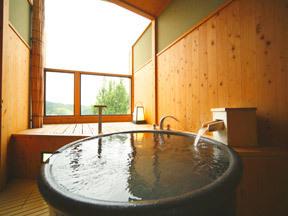 ゆ湯の宿白山菖蒲亭 特別室についている露天風呂