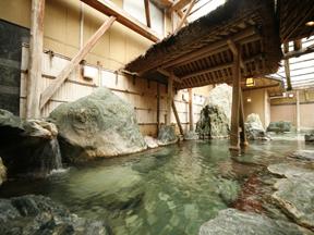 あわらグランドホテル 混浴露天風呂「隆泉庵」