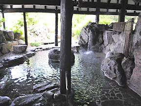 温泉御宿 龍言 大庭園露天風呂「和楽の湯」(男湯)