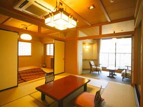 辰巳館 古代檜風呂を完備した特別室