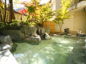四万グランドホテル 殿方露天風呂「室生の湯」