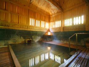 温泉三昧の宿四万たむら 殿方大浴場「御夢想の湯」