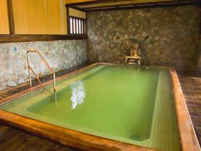ホテル清風苑 殿方大浴場「源氏の湯」(京風ひのき大浴場)