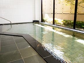ホテル花いさわ 男性大浴場「わきいでの湯」